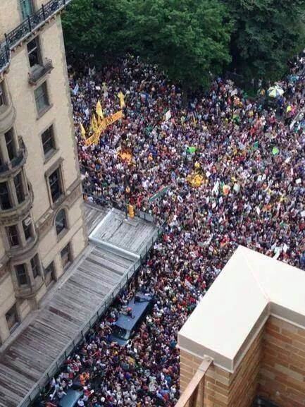 MCAF Peoples March crowd from above