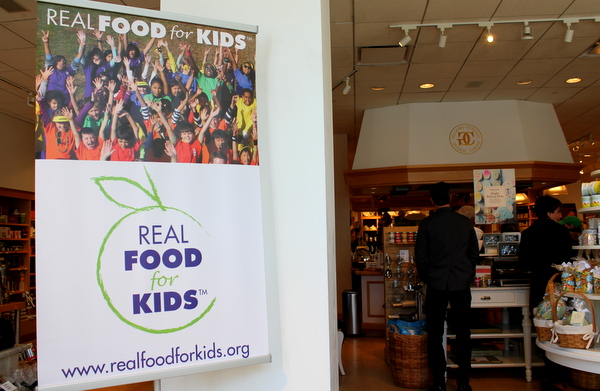 Real Food For Kids Clarendon Williams-Sonoma 2-28-15 sign