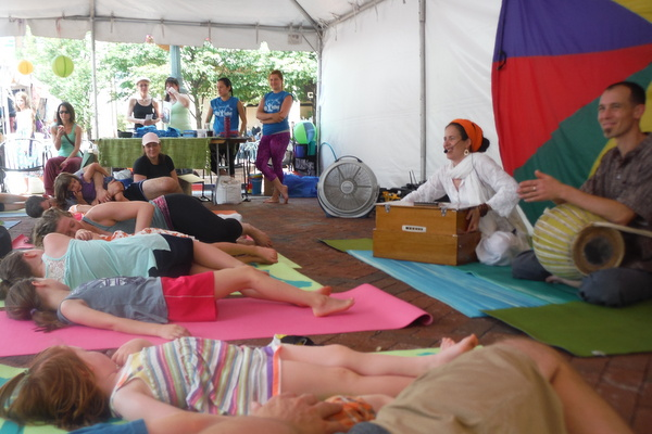 Love Your Body Day 2015 - Kidasana final relaxation