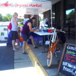 MOM's Organic Market opens to great success in Woodbridge