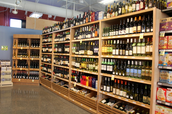 Moms Organic Market Arlington opening by Mindful Healthy Life - wine