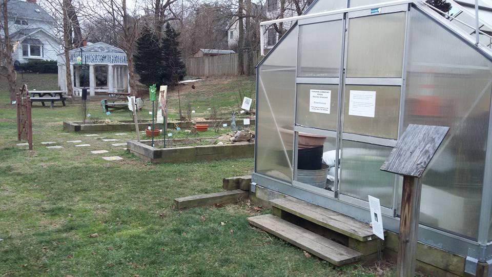 Tuckahoe Elementary Discovery Schoolard greenhouse and peter rabbit garden