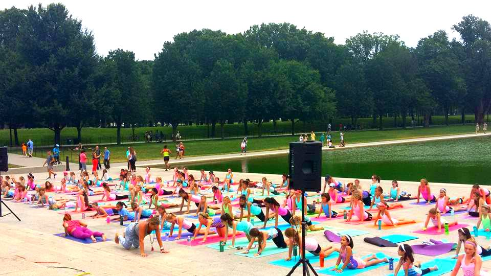 ivivva coasttocoast yoga on the Mall group