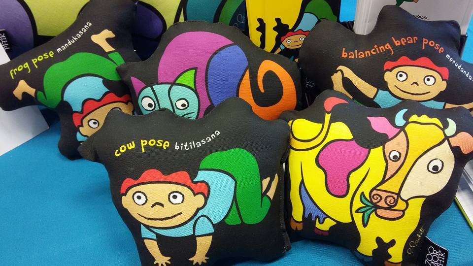 national-kids-yoga-conference-2016-mindful-healthy-life-zoomorphik-pillows