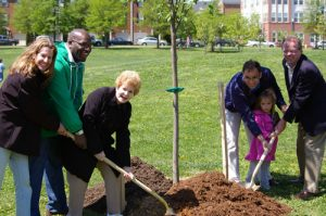 Alexandria Earth Day @ Lenny Harris Memorial Fields at Braddock Park | Alexandria | Virginia | United States