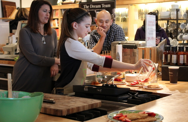 Real Food For Kids Clarendon Williams-Sonoma 2-28-15 chia cakes 2