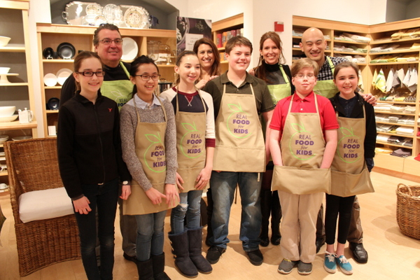 Real Food For Kids Clarendon Williams-Sonoma 2-28-15 group shot with judges