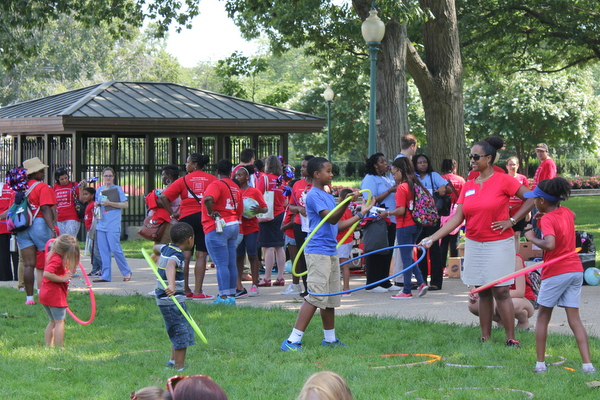 Moms Clean Air Force Play-In for Climate Action 2015 hula hoops
