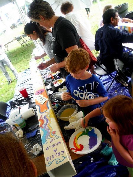World Children's Festival 2015 - children working on Posts for Peace and Justice - by Mindful Healthy Life