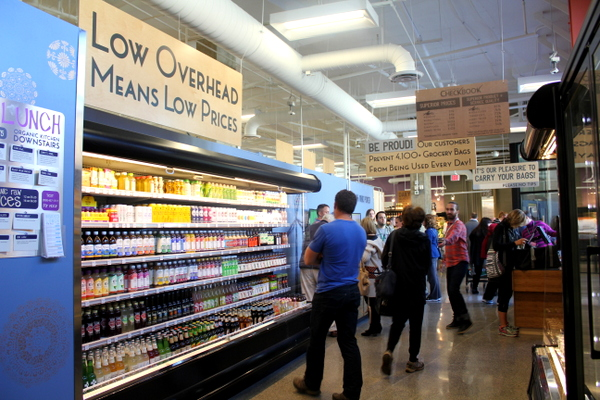 Moms Organic Market Arlington opening by Mindful Healthy Life - drinks and cash registers