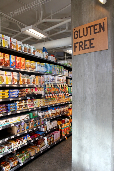 Moms Organic Market Arlington opening by Mindful Healthy Life - gluten-free