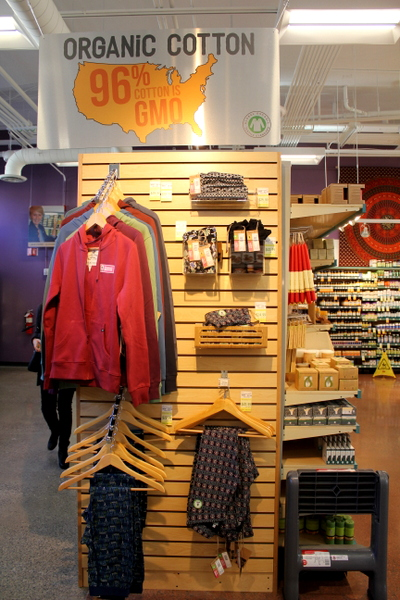 Moms Organic Market Arlington opening by Mindful Healthy Life - organic cotton clothing