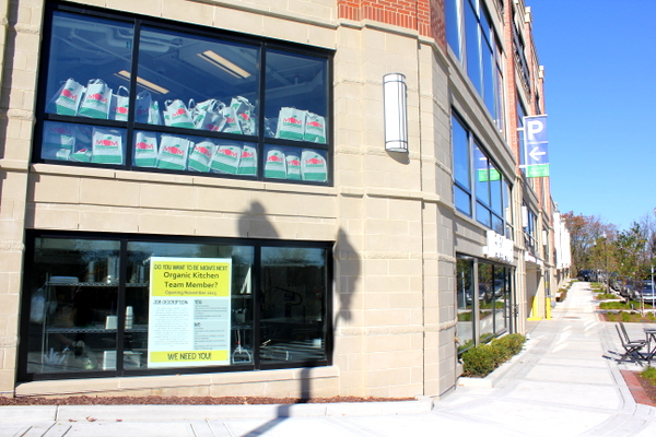 Moms Organic Market Arlington opening by Mindful Healthy Life - outside of Naked Lunch