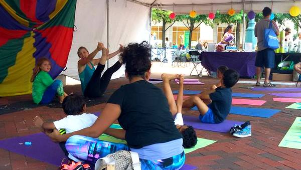 2016 Love Your Body Yoga Festival kidasana