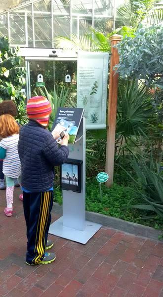 us-botanic-gardens-seasons-greenings-2016-mindful-healthy-life-stamp-spot